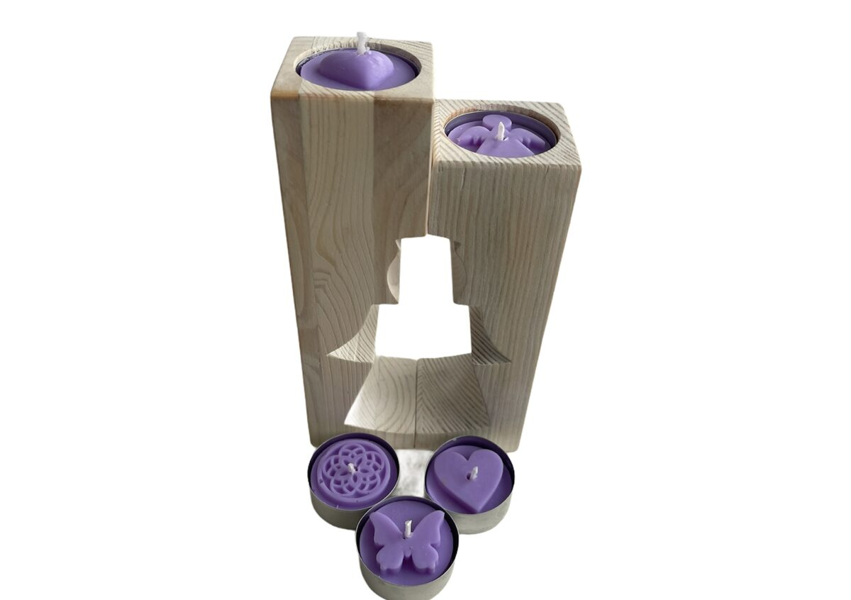 Koka svečturis ar tējas svecēm (enģeļa figūra)