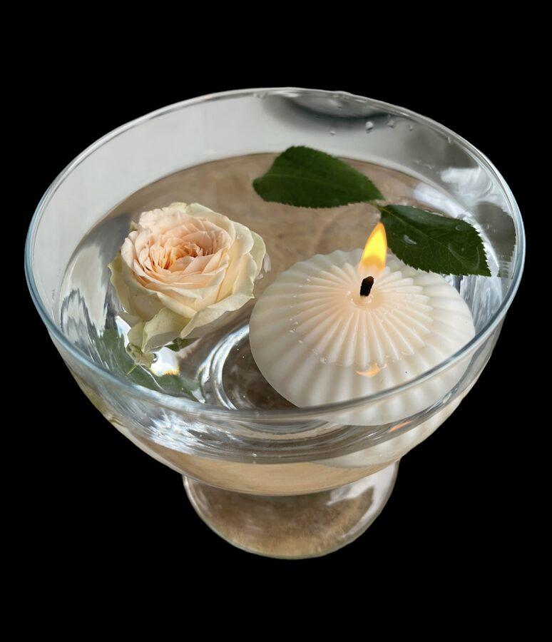 Peldosās sveces dažādiem dzīves mirkļiem