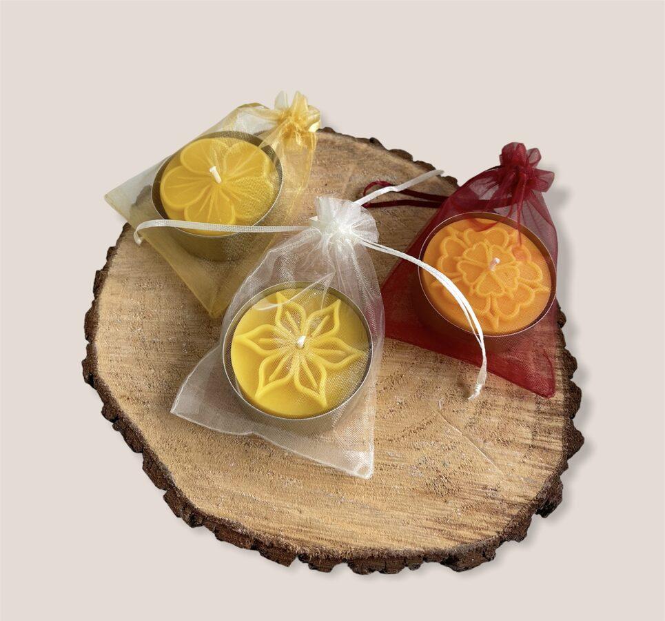 Lielās bišu vaska tējas svece organzas maisiņā