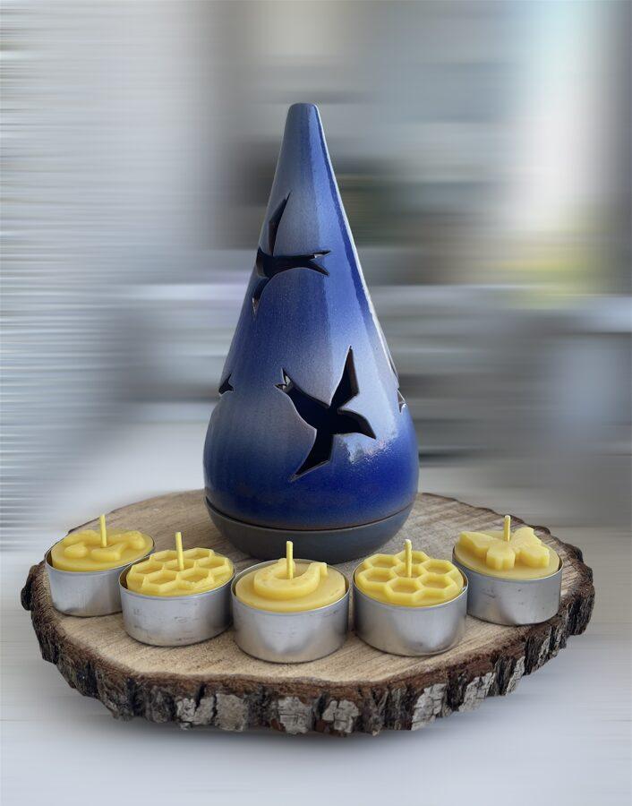 Keramikas trauks Nr.10 + 4 bišu vaska tējas sveces