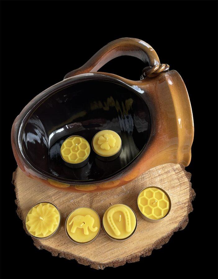 Citādāks svečturis ar bišu vaska mazajām tējas svecēm